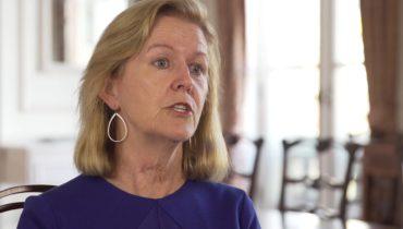 Link to Irish Ambassador Anne Anderson