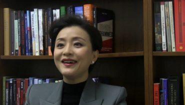 Link to Chinese Media Personality Yang Lan