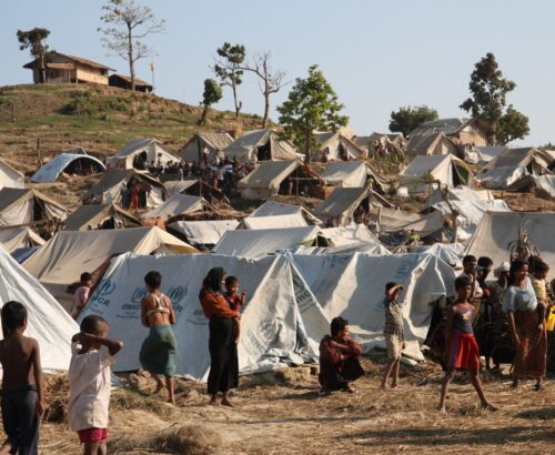 Refugee camps in crisis