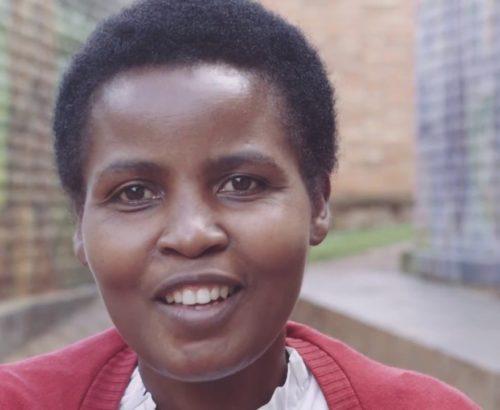 Rwandan woman artisan